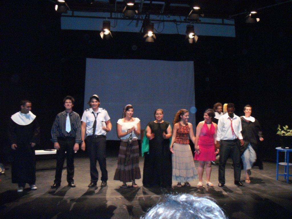 Apresentação-final-da-Oficina-de-Teatro-Escola-Sebastião-da-Gama
